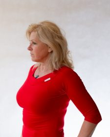 piros aszimmetrikus póló